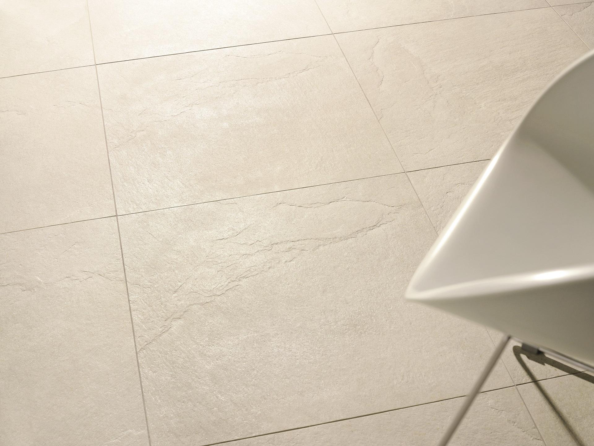 Điều quan trọng nhất là dòng sản phẩm gạch ốp lát cao cấp vân đá Absolute được chứng nhận hoàn toàn thân thiện với môi trường và đảm bảo an toàn trong suốt vòng đời sản phẩm.