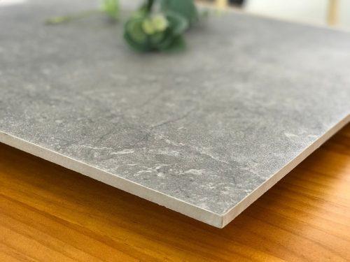 Gạch Porcelain phủ men là sự kết hợp độ bền cứng của gạch Porcelain và mang tính nghệ thuật của gạch men