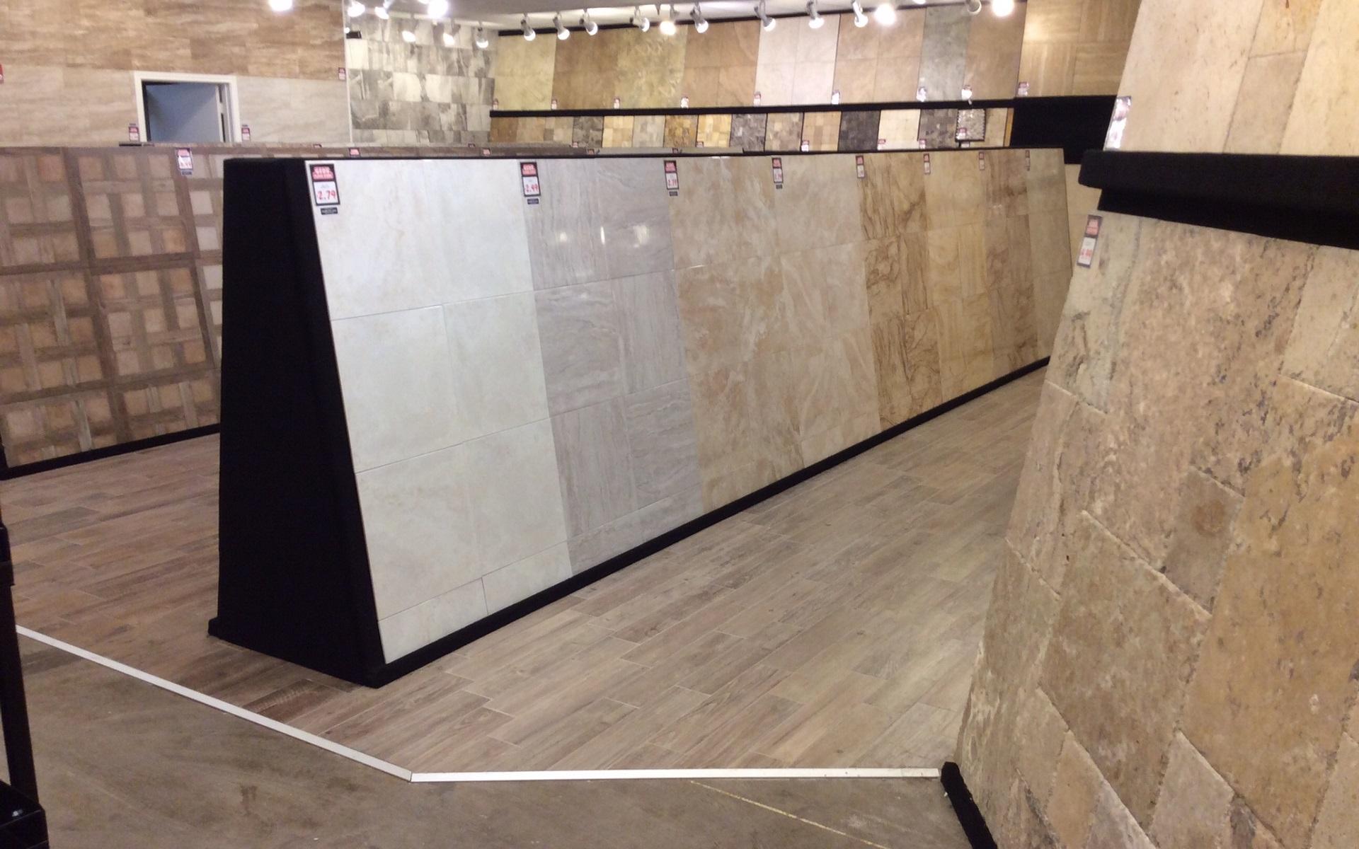 Gạch men ceramic tile, cao cấp hơn là gạch xương xứ hay còn gọi là gạch granite porcelain tile lát nền và ốp tường trang trí có rất nhiều chủng loại, kích thước