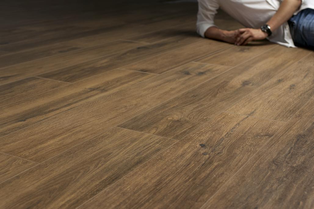 Gạch giả gỗ gạch vân gỗ Root